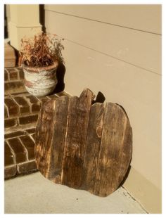 Pallet Decor Pumpkin by TheRusticWarehouse on Etsy