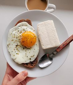 The breakfast club, aesthetic food, happy moments, healthy lifestyle, baker Breakfast Lunch Dinner, Sweet Breakfast, Breakfast Club, Think Food, Love Food, Healthy Food Choices, Aesthetic Food, Vegan Recipes Easy, Food Items