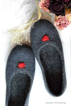 Felted Slippers Hand embroidery Stylish Slippers Flat Ballerinas Fairytale-gift Women Rubber soles Loafers Clothing-gift Self love Self-care Shoe Storage Bags, Fall Gifts, Felted Slippers, Wet Felting, Warm And Cozy, Hand Embroidery, Gifts For Women, Hug, Navy Blue