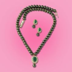 Perfect gift for Mom-in-law, auspicious color and perfect blend of pearls and diamonds. Perfect Gift For Mom, Gifts For Mom, Mom In Law, Pearl Color, Vogue, Classy, Pearls, Elegant, Diamonds