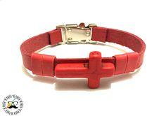 Pulseira em couro vermelho com cruz em pedra natural vermelha. So R$29,00