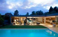 that pool....damn!!!