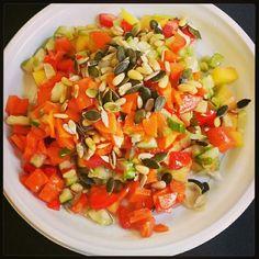 Fresh powerfood salad;