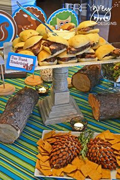 Forrest Friends Food Ideas: Tenderloin Sliders for a woodland or fox themed party