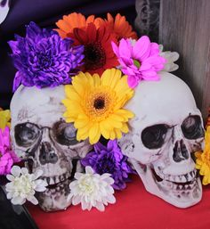 Skulls and marigolds are essential for any Day of the Dead party! Day of the Dead makes a brilliant Halloween party theme for anyone who wants to throw an elegant but spooky soirée!