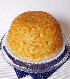 Hozzávalók 22 cm átmérőjű tálhoz A piskótához 3 nagy méretű tojás 50 ml víz 13 dkg cukor 17 dkg liszt 1/2 csomag sütőp... Cornbread, Muffin, Cukor, Cheese, Cookies, Baking, Ethnic Recipes, Food, Millet Bread