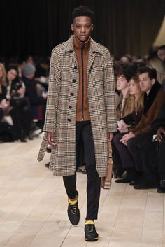Burberry London Collection: Mens RTW Fall