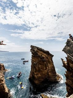 #Azores, #Portugal will host the Red Bull Cliff Diving World Series for 5th year in a row - via Red Bull 17.02.2016 | It won't get any more pure – cliff diving directly off the cliff face!  The phenomenal monoliths of Portugal's Azores islands will see the athletes propelling themselves into water from great heights in July. This unique volcanic archipelago in the middle of the Atlantic Ocean serves as the take-off point for awe-inducing cliff dives for the fifth consecutive time for the...