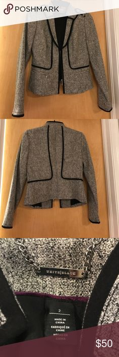 White House Black Market Zip-Up Blazer White House Black Market Zip-Up Blazer! Brand new without tags, in excellent condition! Open to offers! ❤️💕 White House Black Market Jackets & Coats Blazers