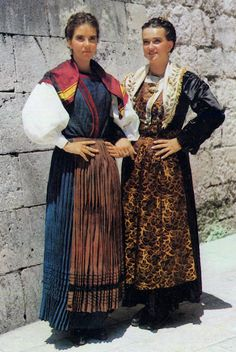 Traditional female attire of the central Dalmatian coast, Croatia We Are The World, People Of The World, Montenegro, Bulgaria, Celtic, Costumes Around The World, Folk Clothing, Folk Costume, Models