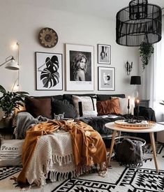 moderne Boho Wohnzimmer Living Room Designs Boho Home HomeAccessoriesLivingRoom moderne style … Room decor pictures Boho Living Room, Living Spaces, Small Living, Gallery Wall Living Room Couch, Modern Living, Living Room Gray, Living Room Lamps, Nordic Living Room, Living Room Prints