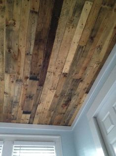 Pallet Ceiling for the Meeting Room