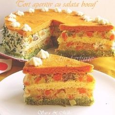 Cake appetizer, filled with boeuf salad Appetizer Salads, Finger Food Appetizers, Appetizer Recipes, My Recipes, Favorite Recipes, Cooking Recipes, Greek Pastries, Salad Cake, Wedding Appetizers