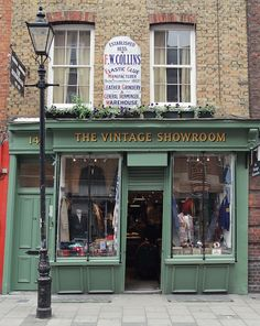 The Vintage Showroom | London