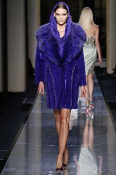 Sfilata Atelier Versace Paris - Alta Moda Primavera Estate 2014 - Vogue