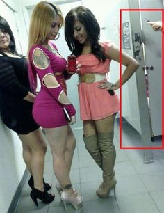 Hot Fashion Fails of Bathroom Girls at Walmart - Funny Pictures at Walmart