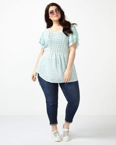MELISSA McCARTHY Short Sleeve Printed Pintuck Top