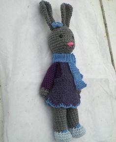 Ravelry: Yarnigans Amigurumi Bunny pattern by Rachel Borello Carroll