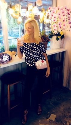 dreamaboutglowlife9 Polka Dot Top, Supermodels, My Love, How To Wear, Outfits, Women, Fashion, Moda, Suits