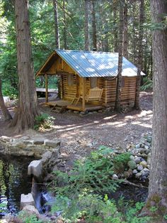 Our Guest Cabin. A very nice little option for not a lot of money Small Log Cabin, Tiny House Cabin, Little Cabin, Log Cabin Homes, Cozy Cabin, Log Cabins, Mini Cabins, Cabins And Cottages, Cabins In The Woods