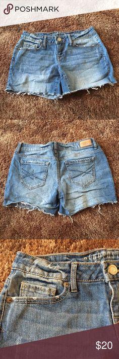 NWOT👼 Aeropostale Short Jeans Never Worn! New Without Tag! Casual short jeans! Aeropostale Jeans
