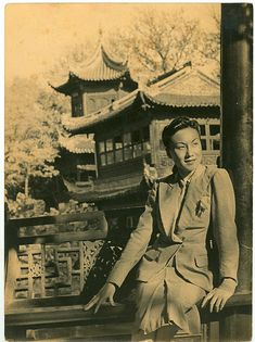 Shanghai 1930s teahouse found photo Chinese China vintage fashion print suit wool war era style
