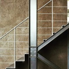 Linda escada feita com steel frame. Quero igual! #steelframe #architecture #arquitetura_sustentavel #arquitetura #decoracao #decor #designinteriores #designdeinteriores #containerhome #containerhouse #casacontainer