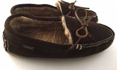 CABELA'S Brown Faux Fur Lined Leather Slippers Slip On Shoes Mens Sz 10 Size  #Cabelas #MoccasinSlippers