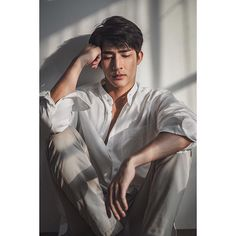 Beautiful Boys, Pretty Boys, Theory Of Love, Boy Photography Poses, Yellow Fever, Thai Drama, Actor Model, Asian Men, Actors & Actresses