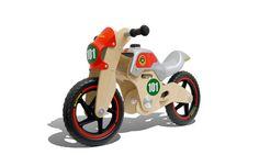 La Bultaco Classic Race 101, goza de una distribución de pesos óptima para el desarrollo del sentido del equilibrio de una manera natural e intuitiva. ¡Excelente diseño con madera de alta calidad!