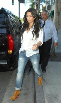 Find Inspiration & Entertainment at StyleSeenDaily.com - » News Archive » kim-kardashian-dylan-george-skinny-jeans-skinny-4