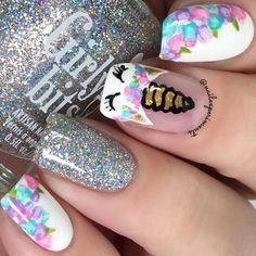 Nails for kids Floral nails are perfect for the spring and this design is easier than it looks. Floral nails are perfect for the spring and this design is easier than it looks. Click above for 39 more easy spring nail art. Unicorn Nails Designs, Unicorn Nail Art, Cute Nail Art, Easy Nail Art, How To Nail Art, Funky Nail Art, Easy Nails, Funky Nails, Dance Nails