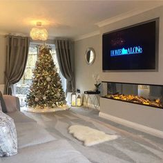 [New] The 10 All-Time Best Home Decor (Right Now) - Ideas by Mary Weeks - Christmas inspo and a beautiful living room from Stunning . Living Room Tv, Living Room With Fireplace, Interior Design Living Room, Home And Living, Living Room Designs, Small Living, Modern Living, Inspire Me Home Decor, Beautiful Living Rooms