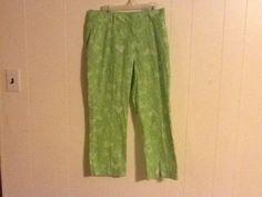 Lilly Pulitzer Green Pants Capris designs monkeys, rabbits, woman  size 2 s