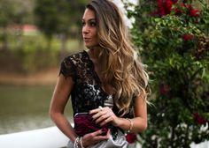 Vestido de renda super glamouroso, daqueles modelos de vestidos curtos que podem ser usados em uma festa chiquérrima ou em ocasiões formais #blogdemoda #lookdodia #looksparabalada