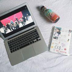K Pop, Exo Phone Case, Exo Merch, Korean Aesthetic, Kpop Exo, Blackpink And Bts, Exo Members, Chinese Boy, Kpop Fanart
