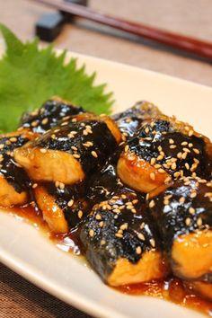 節約満足おかず*海苔巻き豆腐の甘辛焼き 豆腐・のり・片栗粉・オイスターソース・しょうが・にんにく・白いりゴマ