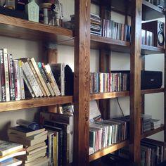 男前/DIY/ハンドメイド/ワンルーム/本棚/ジャコビアン…などのインテリア実例 - 2015-09-29 16:40:42 | RoomClip(ルームクリップ) Interior Garden, Diy Interior, Room Interior, Interior Design, Cool Shelves, Storage Shelves, Diy Furniture, Furniture Design, Diy Shoe Rack