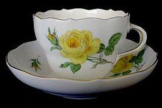 ユーロクラシクス|マイセン 薔薇 マイセンローズ ピンクローズ イエローローズ ホワイトローズ Tea Cup Saucer, Tea Cups, Chocolate Cups, Noritake, Dresden, Teapots, Bone China, Tea Set, Coffee