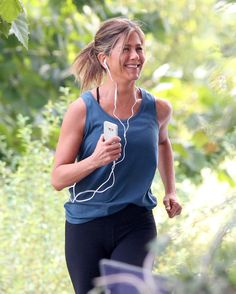 Jennifer Aniston's Supercute Workout Clothes Are From a Brand You Can Afford