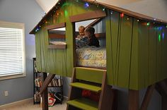 Treehouse bed.... This is my friends. I just might have to copy!