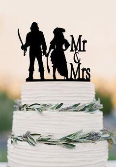 Mr and Mrs wedding cake topper,Pirates wedding cake topper ,wedding de – DokkiDesign