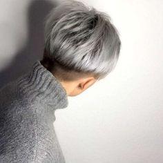 Short Hairstyle 2018 – 118 - New Ideas Short Grey Hair, Short Straight Hair, Short Hair Cuts For Women, Short Pixie Haircuts, Cool Haircuts, Wig Hairstyles, Straight Hairstyles, Hairstyle Short, Short Wedge Hairstyles