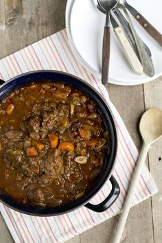 Beef Bourginon, Healthy Meals For Two, Healthy Recipes, Good Food, Yummy Food, Post Workout Food, Healthy Slow Cooker, Tortilla, Food Porn