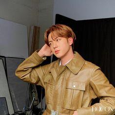 Seokjin, Jimin, Bts Jin, K Pop, Foto Bts, V Bts Cute, Jin Icons, Korean Boy, Worldwide Handsome