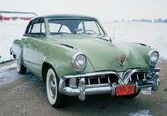 1952 Studebaker Commander State Starliner hardtop coupe, part of the Studebaker Commander line of collectible cars.