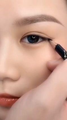 Makeup Eye Looks, Eye Makeup Steps, Beautiful Eye Makeup, Smokey Eye Makeup, Eyebrow Makeup, Eyeshadow Makeup, Beauty Makeup, Hair Makeup, Almond Eye Makeup