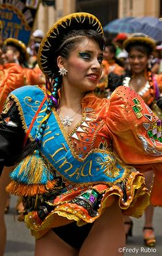 Carnival Dancers, Carnival Girl, Carnival Outfits, Costumes Around The World, Carnival Festival, Beautiful Latina, Perfect Legs, Latin Women, Erotic Photography