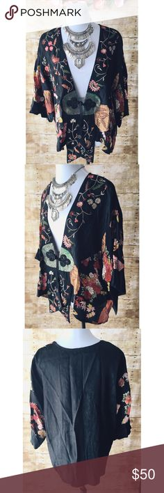 Gorgeous Vintage Kimono Style Top/Jacket This is one stunning top! Can be worn as top or jacket. Vintage, black, high low kimono with oriental floral print and knotted rope front closure. Part of the Champagne Collection from All That Glitters. This is truly a one-of-a-kind item! 100% rayon. A couple snags on front but not very noticeable (See photo). In great condition! Meant to fit flowy. All That Glitters Tops