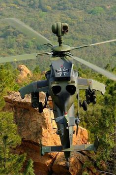 "♚༺S༻♚ Eurocopter ""Tiger"" de la Luftwaffe Attack Helicopter, Military Helicopter, Military Jets, Military Weapons, Military Aircraft, Luftwaffe, Fighter Aircraft, Fighter Jets, Airbus Helicopters"